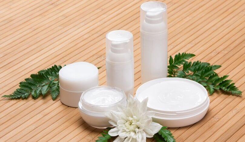 kosmetyki na ujędrnianie biustu